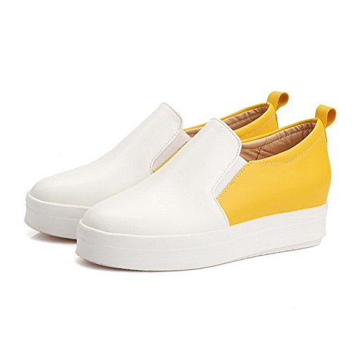 VogueZone009 Damen Gemischte Farbe Pu Leder Mittler Absatz Rund Zehe Ziehen Auf Pumps Schuhe Gelb