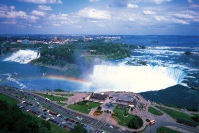 Preisvergleich Produktbild Tomax Niagara Falls, Canada 1000 Piece Glow-in-the-dark jigsaw puzzle by Tomax