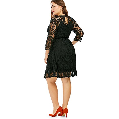 CharMma Frauen Plus Size 3/4 Ärmel Swing Lace Kleid mit Gürtel Schwarz