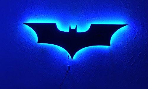 DC Comics Batman Logo Batman LED Wandlicht, bunt RGB USB LED Spiegel Licht, Fernbedienung Projektion Nachtlicht, passend für Schlafzimmer / KTV / Flur / Hintergrund Wand, usw (bunt)