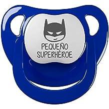 Chupete Pequeño superhéroe. Chupete friki, chupete bebé parodia. Super Héroe.