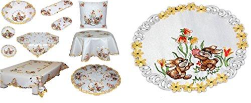 Niedliche Tischdecke rund 30 cm OSTERN champagner HELL OSTERHASE mit Blüten gestickt Osterdeckchen (Deckchen 30 cm rund)