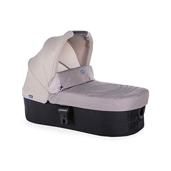 Trio Best Friend Beige 2019 Chicco A stylish and matching 3-in-1 set that is lightweight, versatile and practical Set includes Stroller Pushchair, Carrycot and Carseat Suitable for use from Birth to approx 3 years (Carrycot up to 6m / Carseat up to 13kg) 4