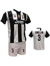 Completo Maglia Juventus bianconera Chiellini e Pantaloncino Bianco  Personalizzabile con Num. 3 Replica autorizzata 2018 50abeabfaeb1c