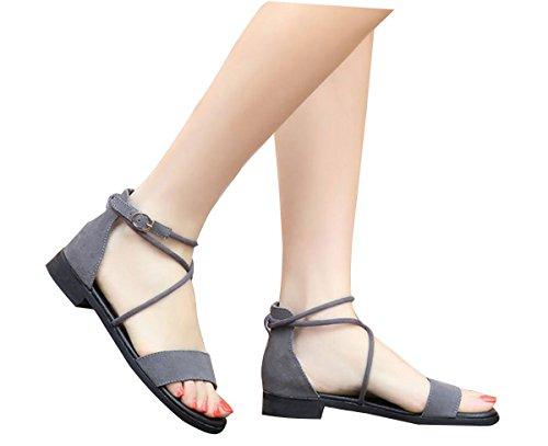2017 Sandales à talons hauts en cuir féminin d'été féminin croix croisée en gros plan 40-43 verges sandales plates 2
