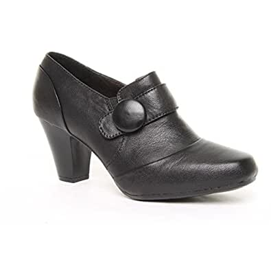Ladies Clarks Wide Fit Drift Away Black Leather Shoe Boots Size 3
