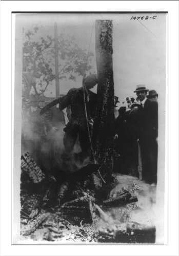 Library Images Historischer Druck (L): [Charred Corpse of Jesse Washington, After Lynching, Waco, Texas, 15. Mai 1916 ]