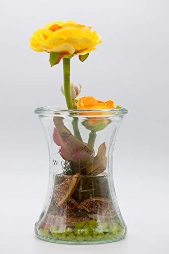Orange/gelbe Ranunkeln mit Pilz im Glas-Tischgesteck,Tischdeko mit künstlichen Blumen