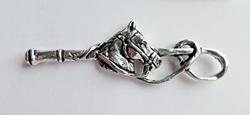1000 Flags Pferd Kopf & Peitsche Equestrian Zinn Pin Badge - Hand Made in Cornwall (Flag Pony)