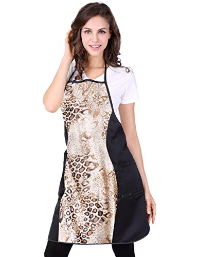 wm-beauty-animal-print-water-repellent-soft-polyester-hairdressers-cape-cream