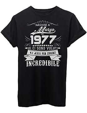 iMage T-Shirt Compleanno Nato A Marzo del 1977-41 Anni per Essere Incredibile - Eventi - Maglietta