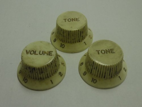 fabrique-in-japanhigh-quality-vintage-relic-strat-knob-relicwhite-set-metric