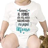 Regalo personalizado: body para bebé 'Nada más nacer.' papá personalizable con nombre
