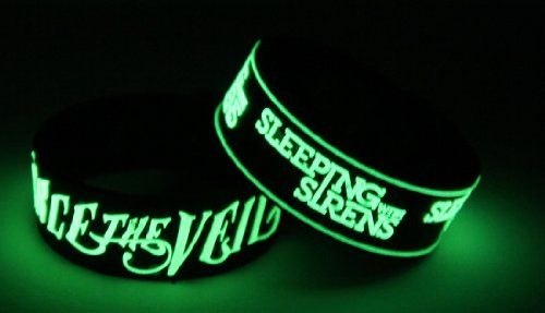 Pierce The Veil Sleeping With Sirens 2pcs NEU. Glow In The Dark Wristband 2 X 95 G97
