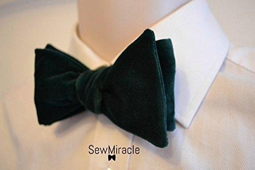 Green velvet bow tie - Self-tie bow tie - Men's bow tie - Gift for Men - Gift for Him - Men's Accessories - Bottle green - Velvet bow tie