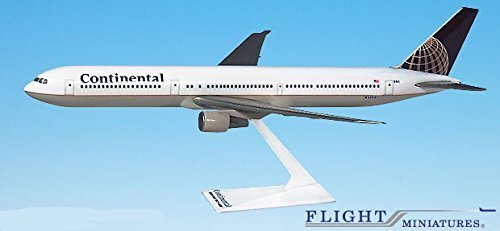 Flight Miniatures Continental (91 10) Boeing 767 400 Airplane Miniature Model Snap Fit 1:200 Part# Abo 76740 H 002