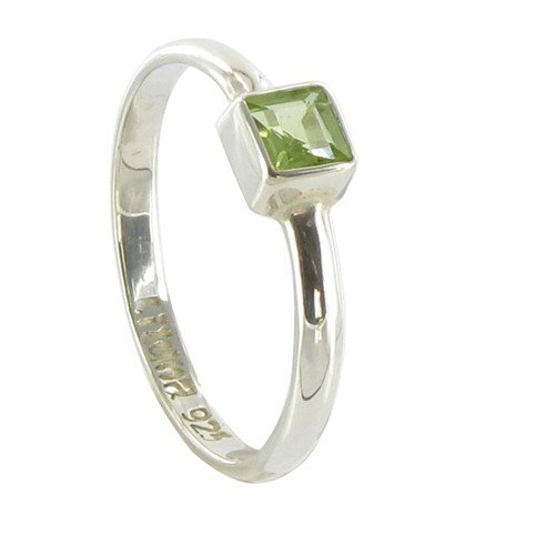 Les Poulettes Jewels - Sterling Silver and Peridot Ring