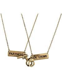 Lux Accessories Ensemble de 2 colliers d amitié avec pendentifs menottes et  pistolet et inscription 4697cc8222ac