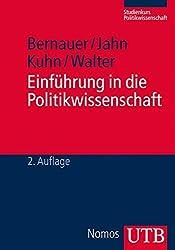 Einführung in die Politikwissenschaft (UTB M (Medium-Format))