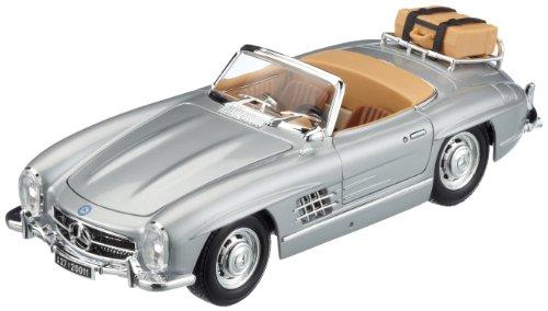 Bburago 12049S - Modellauto 1:18 Mercedes Benz 300 Sl Touring 1957, Silber, Fahrzeuge