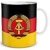 TRIOSK Tasse Flagge DDR Länder Flaggen Geschenk Souvenir Deutsche Demokratische Republik für Ost Nostalgiker Frauen Männer Kollegen