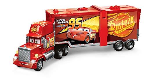 Mattel FPK72 - Disney Pixar Cars 2 in 1 Macks Mega Rennwelt Spielzeug Transporter, Rennbahn und Truck mit Lichtern und Geräuschen, Kinder Spielzeug ab 4 Jahren - Spielzeug-rennstrecke