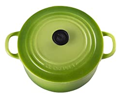 Le Creuset Round French Oven Magnet, Palm