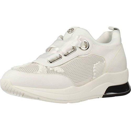 Sneakers Tyra con Tomaia Realizzata in Pelle e Tessuto a Rete con Ricami in Raso Snow White