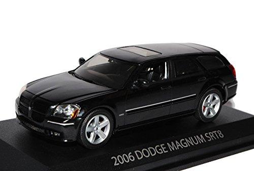 dodge-magnum-srt8-kombi-2-generation-lx-2004-2008-1-43-norev-modell-auto