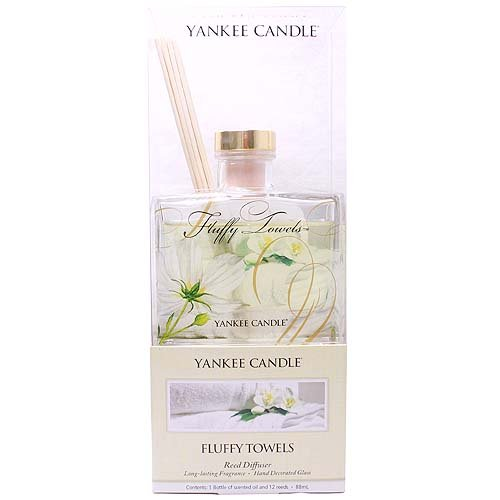Yankee Candle Fluffy Towels Reed Diffuser: Amazon.co.uk: Kitchen ...