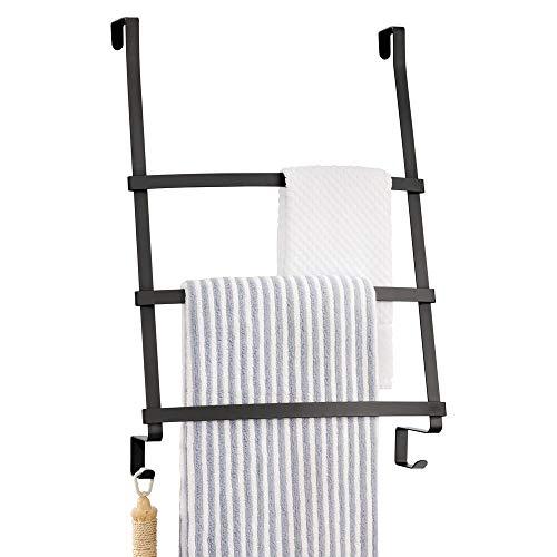 mDesign Türgarderobe - Handtuchhalter ohne Bohren für das Bad - Handtuchleiter zum Hängen mit 3 Stangen und 2 Haken - auch als Flurgarderobe geeignet - schwarz