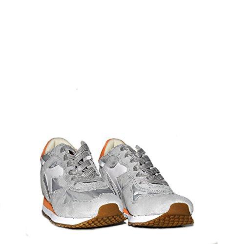 Calzature Donna DIADORA trident sneaker bassa con riporti in pelle scamosciata, tomaia in canvas, due lacci colorati FROST GREY/DARK SHADOW/CO