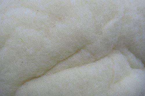 Füllwatte aus 100 % Schafschurwolle, natur, 1,5 kg, fein, (EUR 11,94/kg), kompostierbar, waschbar, Watte, Bastelwatte, geeignet als natürliches und nachwachsendes Füllmaterial für z.B. Plüschtiere, Puppen, Bären, Kissen usw. ... . -