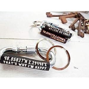 Das personalisierte Geschenk für Ihn zum Valentinstag Schlüsselanhänger Karabiner mit Koordinaten von Schlüsselundwort