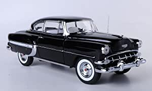 Sun Star H1707 1:18 1954 Chevrolet Bel Air Hard Top Coupe - Black