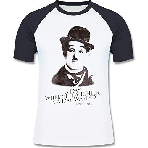 Vintage - Charlie Chaplin - a day without laughter is a day wasted - zweifarbiges Baseballshirt für Männer Weiß/Navy Blau