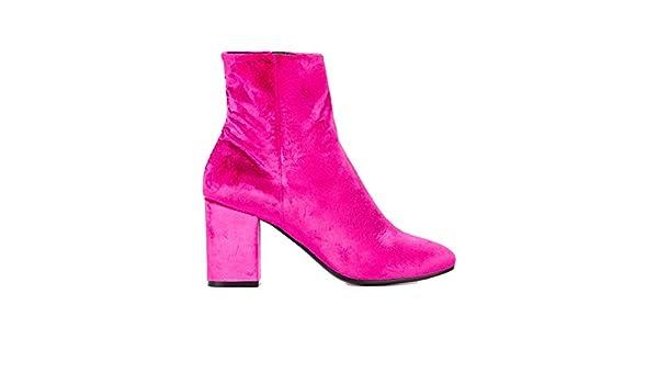 Balenciaga Women's 477243W05805620 Fuchsia Velvet Ankle