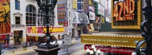 The Poster Corp Panoramic Images - Road running through a market 42nd Street Manhattan New York City New York State USA Photo Print (45,72 x 17,78 cm)
