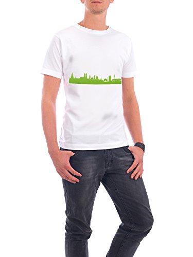 """Design T-Shirt Männer Continental Cotton """"München 01 grüner Skyline-Print"""" - stylisches Shirt Abstrakt Städte Städte / München Architektur von 44spaces Weiß"""