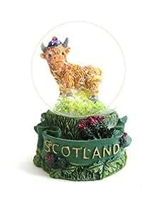 Hairy Scottish Highland 'Scotland'Boule à neige Souvenir d'Écosse