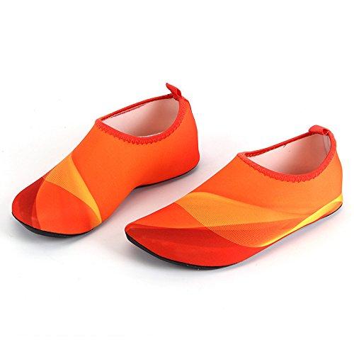 Neeiors Homme et Femme Flexible Barefoot Eau Skin Shoes Séchage rapide Aqua Chaussettes pour plage pliable Slip on Chaussures de natation Orange