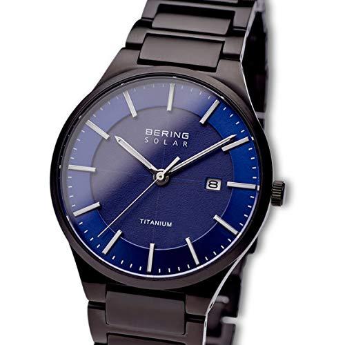 BERING Herren Analog Quarz Uhr mit Titan Armband 15239-727
