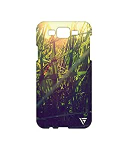 Vogueshell Grass Printed Symmetry PRO Series Hard Back Case for Samsung Galaxy J7