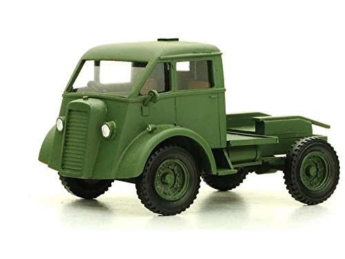PWES 48146 1:48 COMMER Q2 TRACTOR -Ready Built and Painted Wespe Models