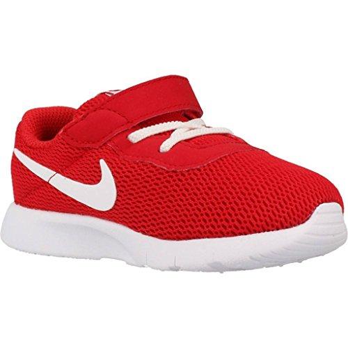 Basket, couleur Rouge , marque NIKE, modèle Basket NIKE TANJUN Rouge Rojo