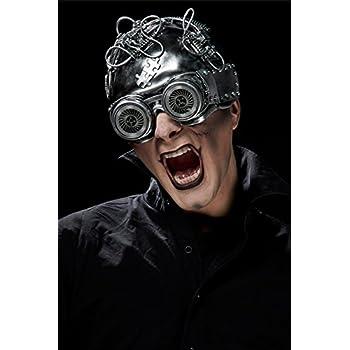 a9ce3e2581134 Masque lunettes futuriste imitation métal  Amazon.fr  Jeux et Jouets