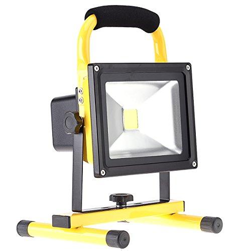 Preisvergleich Produktbild KAWELL 20W LED Akku Fluter Scheinwerfer LED Arbeitsleuchte Handleuchte 360° Drehbar Sicherheit Baustrahler Außenleuchten für Camping Baustelle