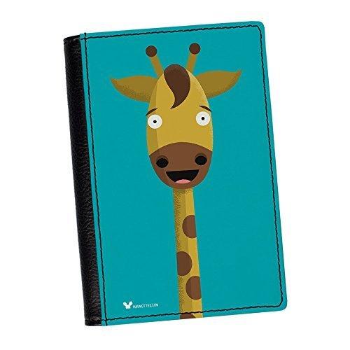 hochwertiges-kunstleder-mit-giraffenmotiv-reisepasshulle-von-miki-mottes