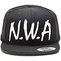 Magic Custom N.W.A–Gorra con visera lisa negra con las letras N.W.A. en blanco