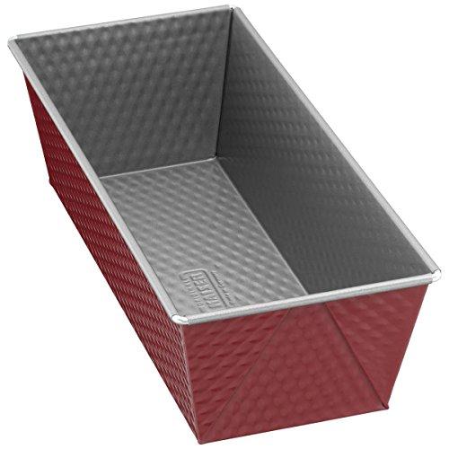Kaiser Classic Plus Königskuchenform, 25 cm, antihaftbeschichtet, gleichmäßige Wärmeverteilung, rot